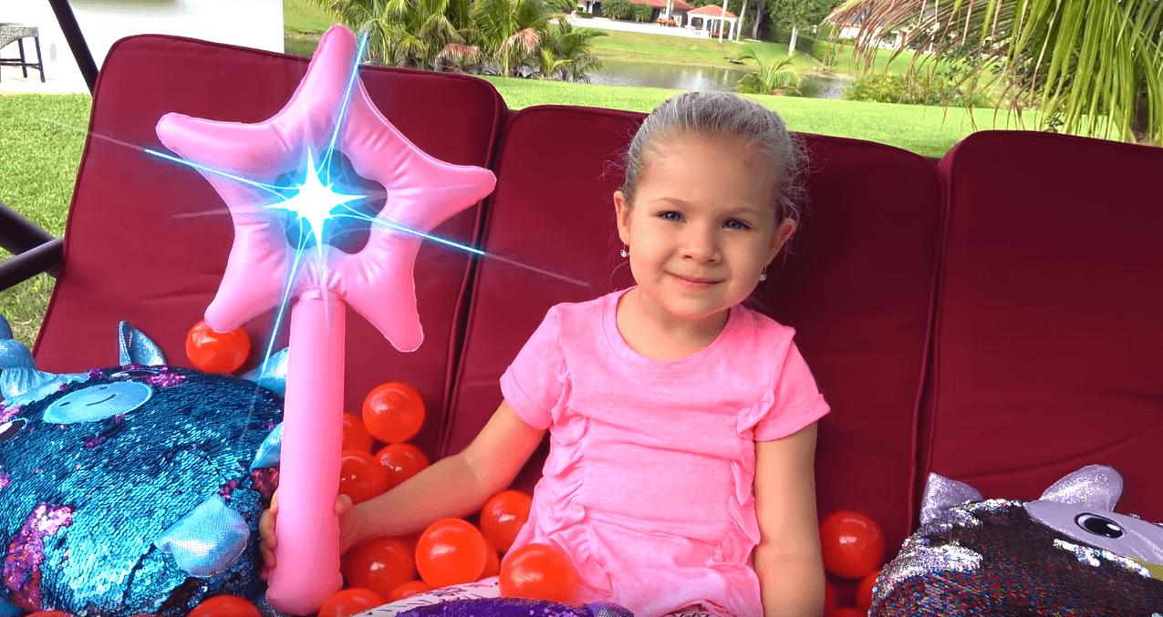 Відео з каналу Kids Diana Show стало популярнішим за найвідоміший кліп Billie Eilish!